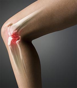 Почему болит колено и хрустит боль в плече лечение укол в сустав